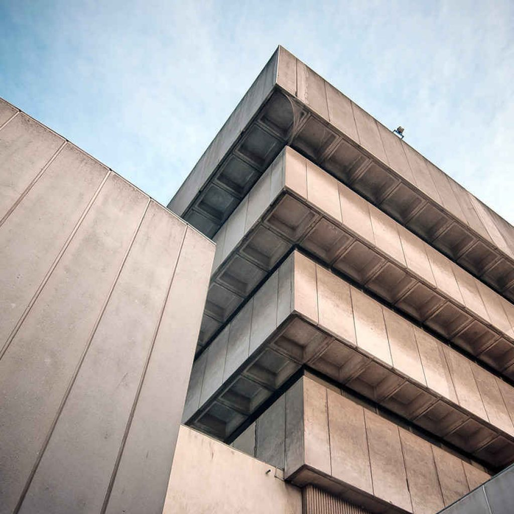 طراحی نمای سیمانی بیرونی ساختمان
